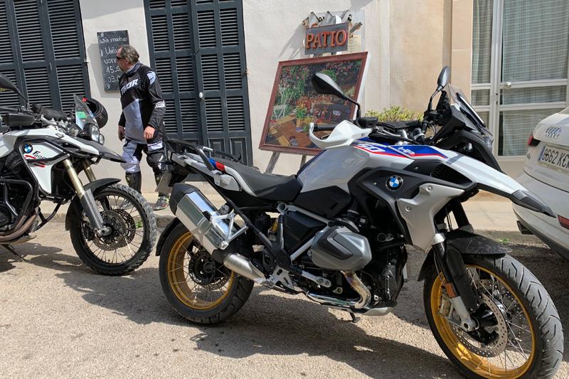 bmw r 1250 gs hp mallorquin bikes motorrad auf. Black Bedroom Furniture Sets. Home Design Ideas